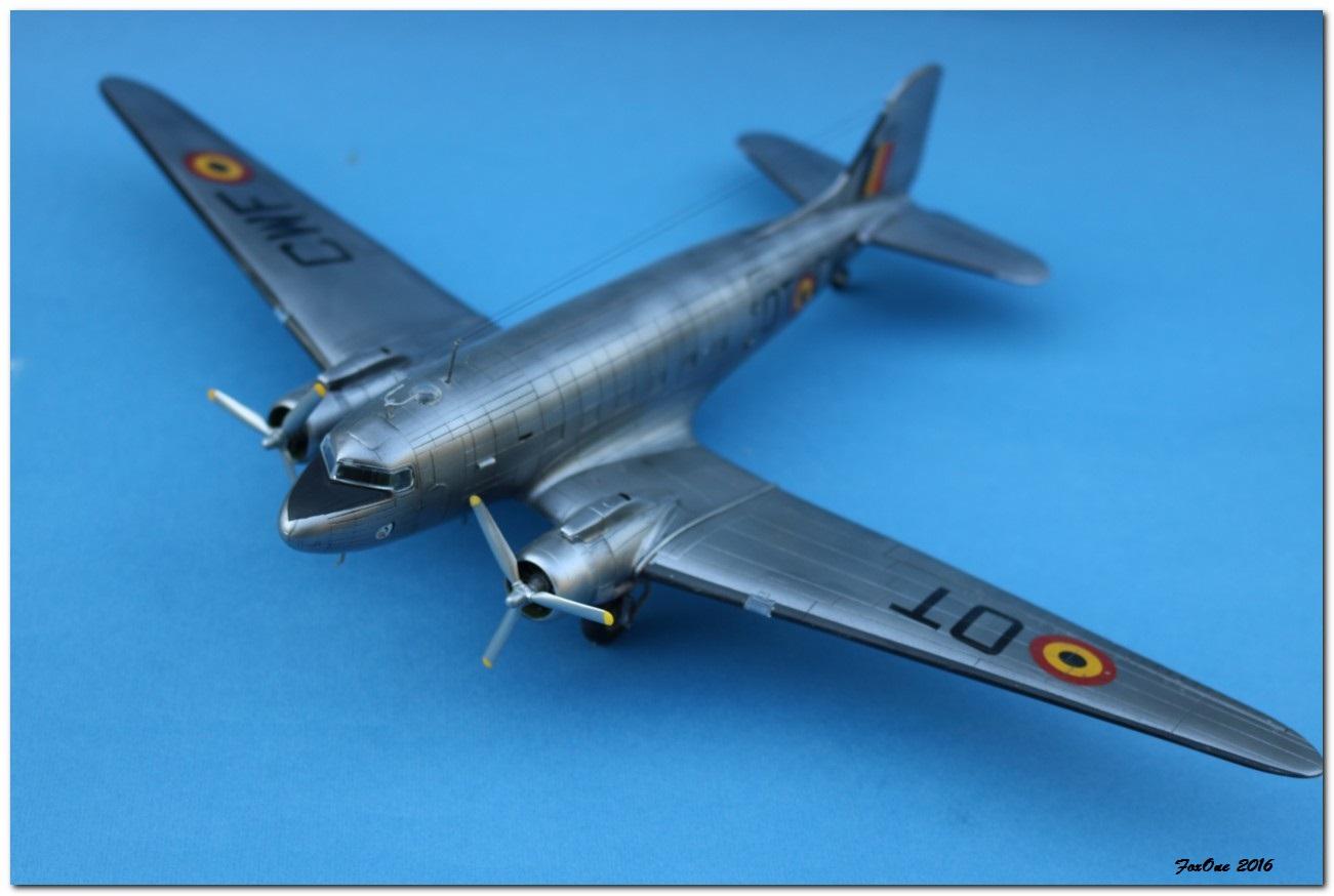 [VINTAGE] ESCI C-47B Belgian Air Force 1946-1952 IMG_1244s